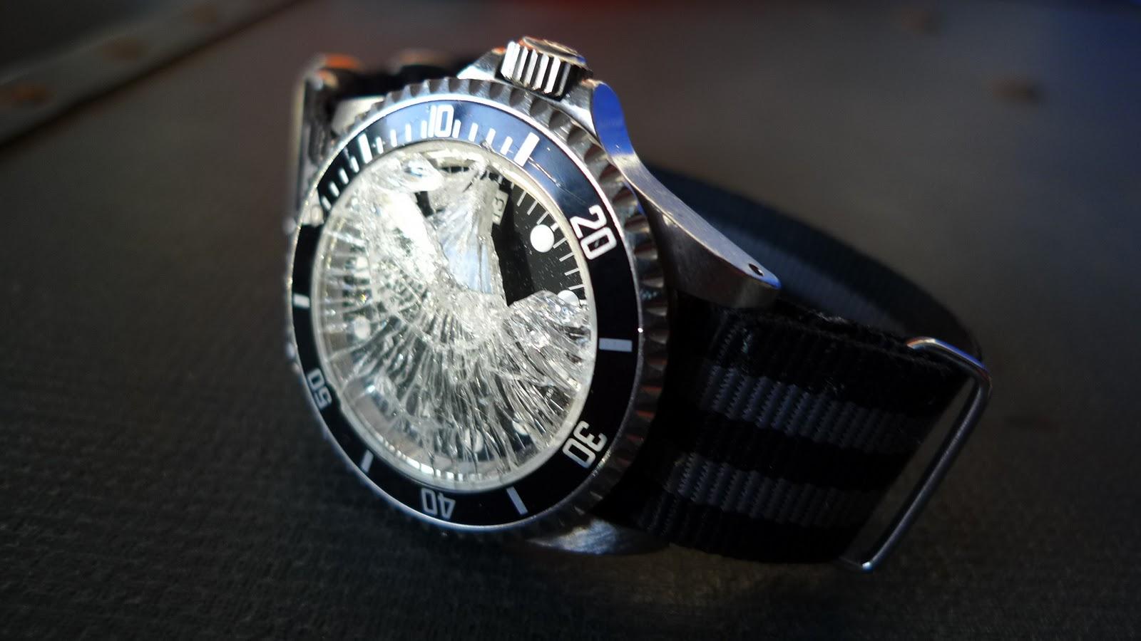 تصویر از معرفی انواع شیشه ساعت مچی (کاملترین مقاله)