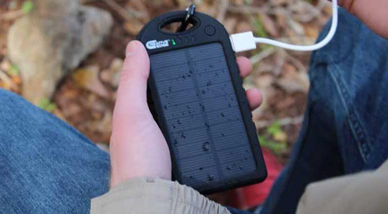 راهنمای خرید شارژر خورشیدی