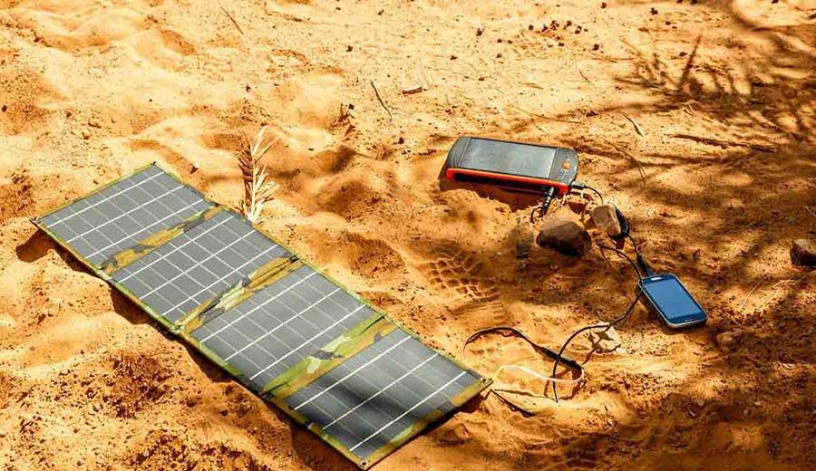 راهنمای خرید شارژر خورشیدی - شارژر خورشیدی چیست؟