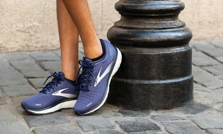 بهترین کفش طبی زنانه - بهترین برند کفش طبی زنانه
